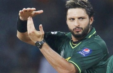 Pakistan's Afridi ends international career