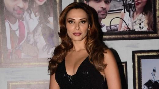 "Salman and rumoured girlfriend Iulia Vantur 'connect' with ""FU"""