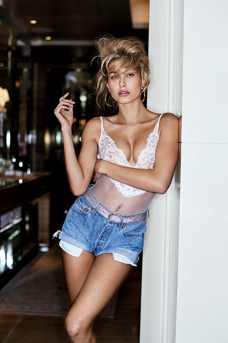 Hailey Baldwin: Celebrate Her 21st Birthday With Her Hottest Pics Of All-Time — PICS
